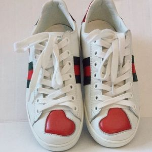Pre-owned Gucci Heart Sneaker Size 36